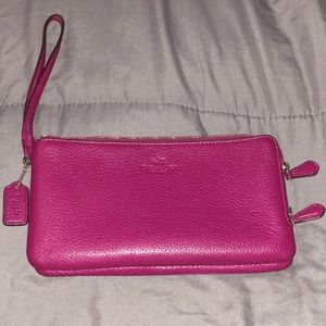 Excellent condition Used Coach double zip wristlet